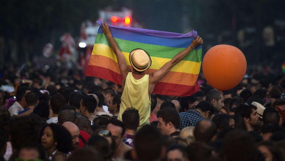 Gay Pride Parade in Madrid am 6. Juli: Sexuelle Orientierung nicht geheimhalten