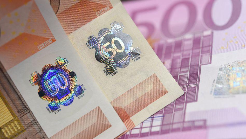 """Echter und gefälschter 50-Euro-Schein, 500-Euro-Blüte: In Deutschland dominiert der """"falsche Fuffziger"""""""