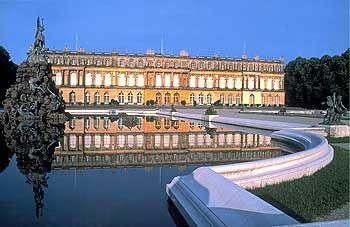 Ludwig II. ließ Schloss Herrenchiemsee als Kopie des Schlosses von Versailles errichten