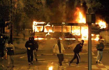 Auch in der Nähe von Toulouse randalierten Jugendliche: Brandsätze und Steine gegen Polizisten