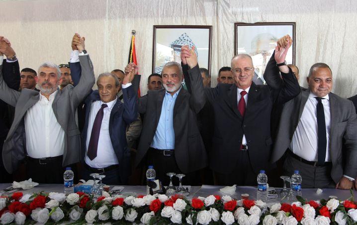 Politiker von Hamas und Fatah (am 2. Oktober im Gazastreifen)