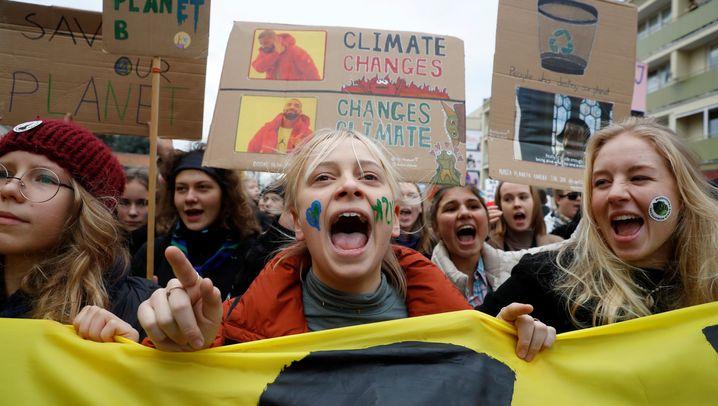 """""""Fridays for Future"""": Klimastreiks von Manila bis nach Berlin"""