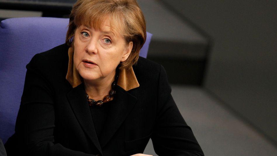 Kanzlerin Merkel: Kaum noch überschaubare Rettungssysteme