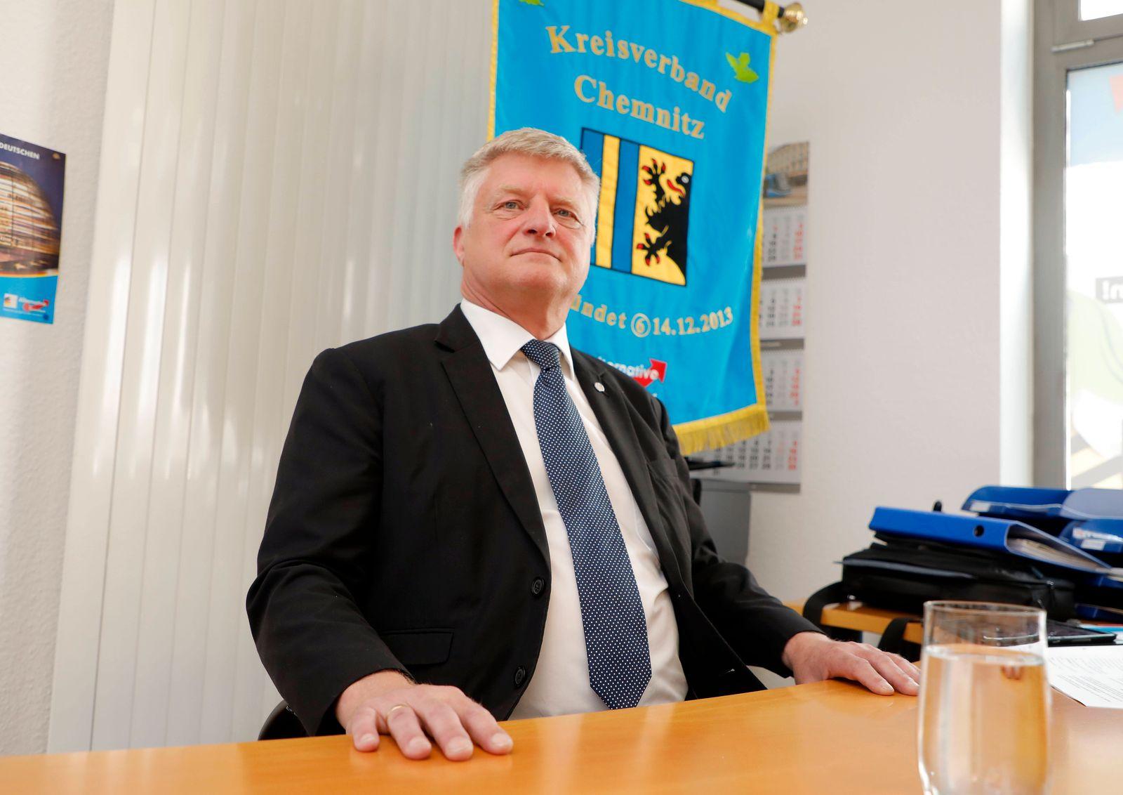PK_ AfD 23.06.2020, Chemnitz, AfD, PK Ulrich Oehme (MdB) bewirbt sich als Kandidat der AfD für das Amt des Oberbürgerme