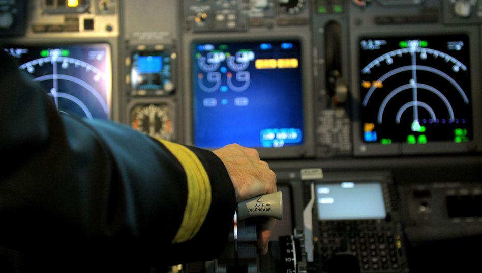 Airlines: Piloten dürfen sich bald wieder allein im Cockpit aufhalten
