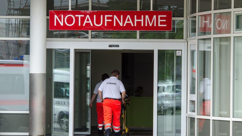 Notaufnahme der Uniklinik in Regensburg: Akten manipuliert