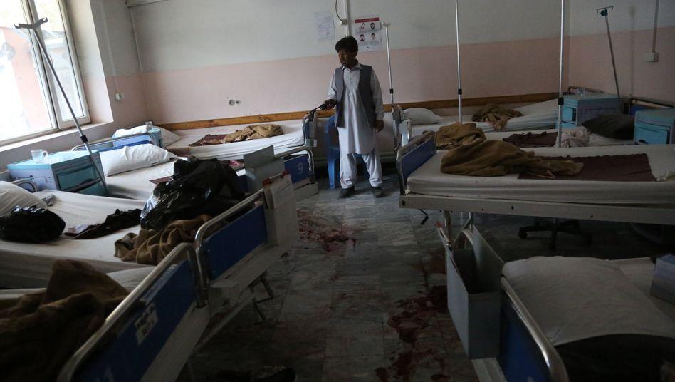 Entbindungsstation nach dem Massaker: Sie gingen von Raum zu Raum, um die Patientinnen in ihren Betten zu töten.