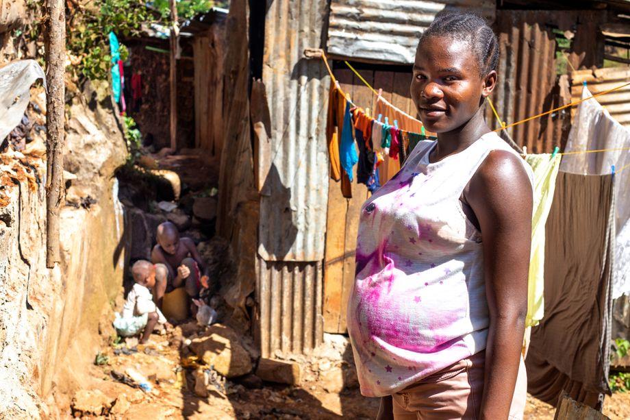 Stacey Anfang Januar 2021: Anfang Februar kam ihr Kind zur Welt, ein Mädchen. Im April sitzt Stacey wieder in der Schule, schreibt ihr Abitur