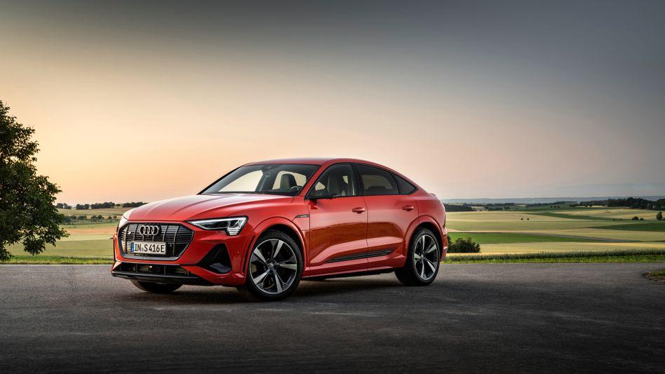 Der Audi E-Tron S Sportback ist zwar ein Elektroauto, nutzt die neue Technik jedoch ausschließlich für überkommenes Protzgehabe
