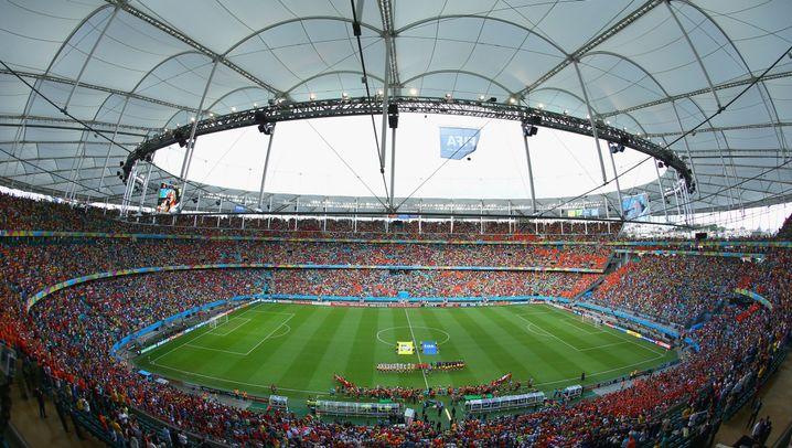 """Sieg gegen Spanien: Oranje besiegt die """"Rote Furie"""""""