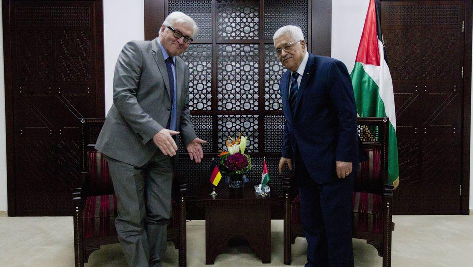 Außenminister Frank-Walter Steinmeier und der Palästinensische Präsident Mahmoud Abbas: Warnung vor Religionskrieg
