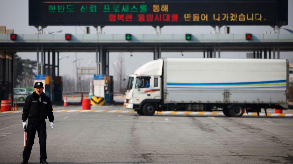 """Eingang zur Industriezone Kaesong: """"Vorübergehend jede Arbeit eingestellt"""""""