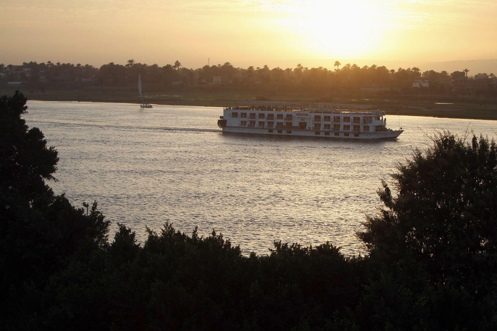 Nil / Kreuzfahrt / Symbol