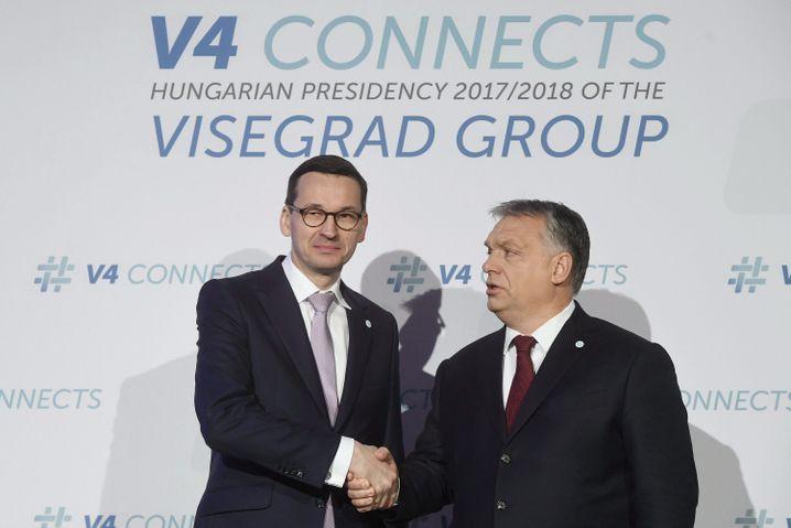 Polens Regierungschef Mateusz Morawiecki, Ungarns Premier Viktor Orbán