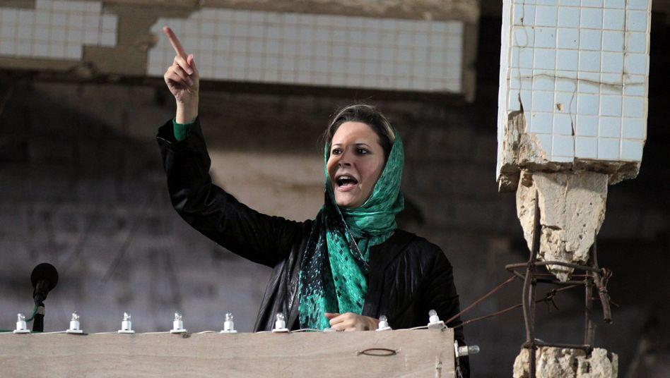 Aischa Gaddafi im April in Tripolis: Keine Informationen über Tod des Vaters und Bruders