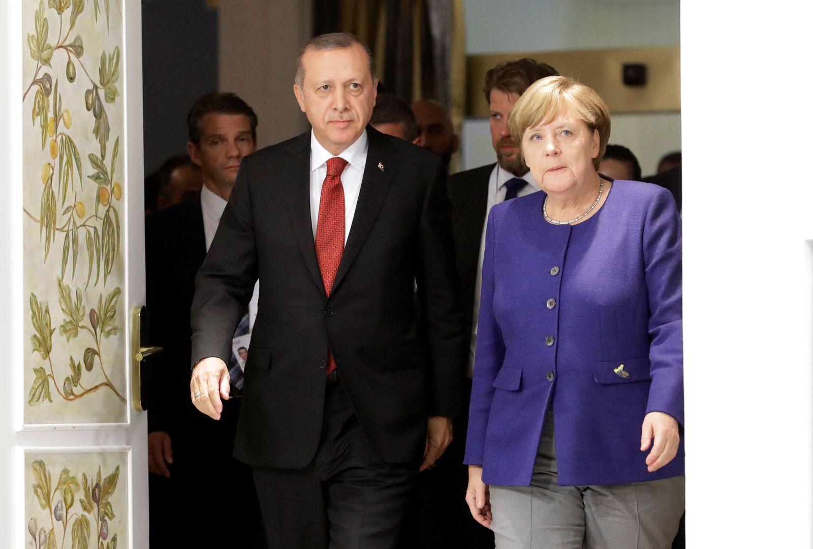 G20-GERMANY/ Merkel Erdogan