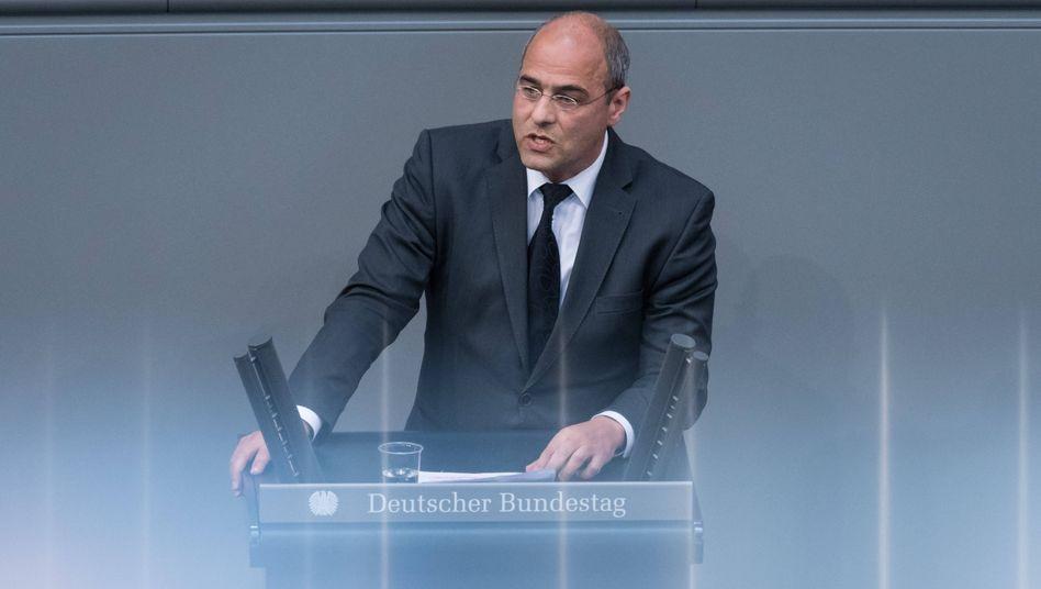 AfD-Parlamentarier Boehringer im Bundestag: Abgeordnete äußern den Verdacht, Boehringer habe gegen das Parteiengesetz verstoßen