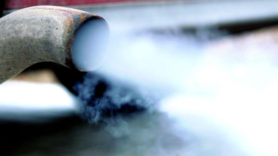 Autoabgase: Feinstaub steigert Gesundheitsrisiken