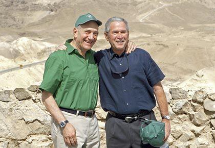 """Olmert (l.) und Bush: """"Für Israel schicksalhafte Themen"""""""