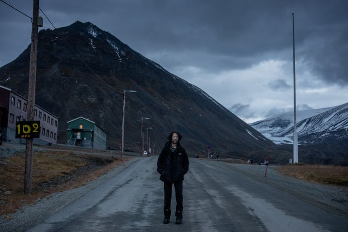 Mark Sabbatini lost his home in Longyearbyen to a sinkhole.