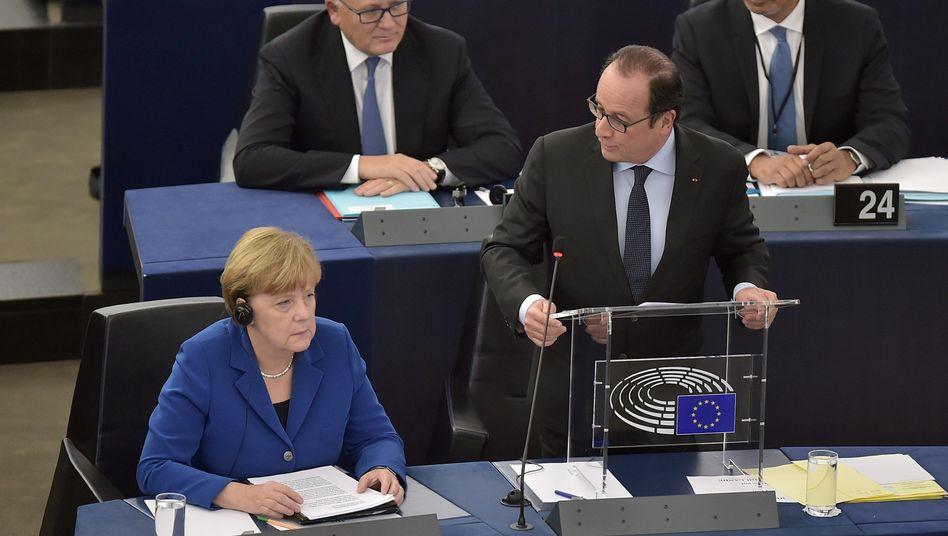 Merkel, Hollande: Historischer Auftritt