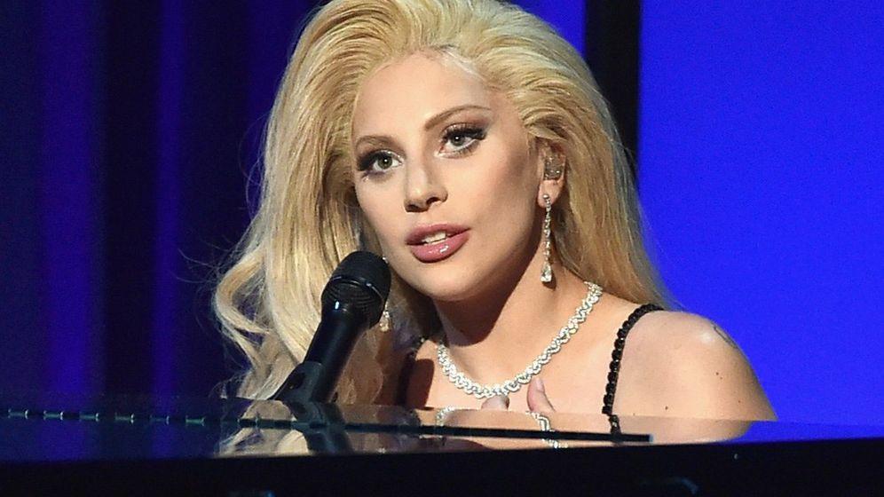 Super Bowl: Lady Gaga singt die Nationalhymne