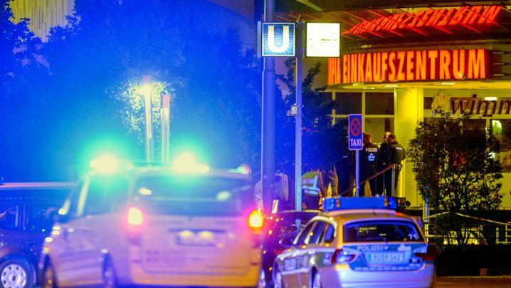 Gewalttat in München: Schrecken am Olympia-Einkaufszentrum