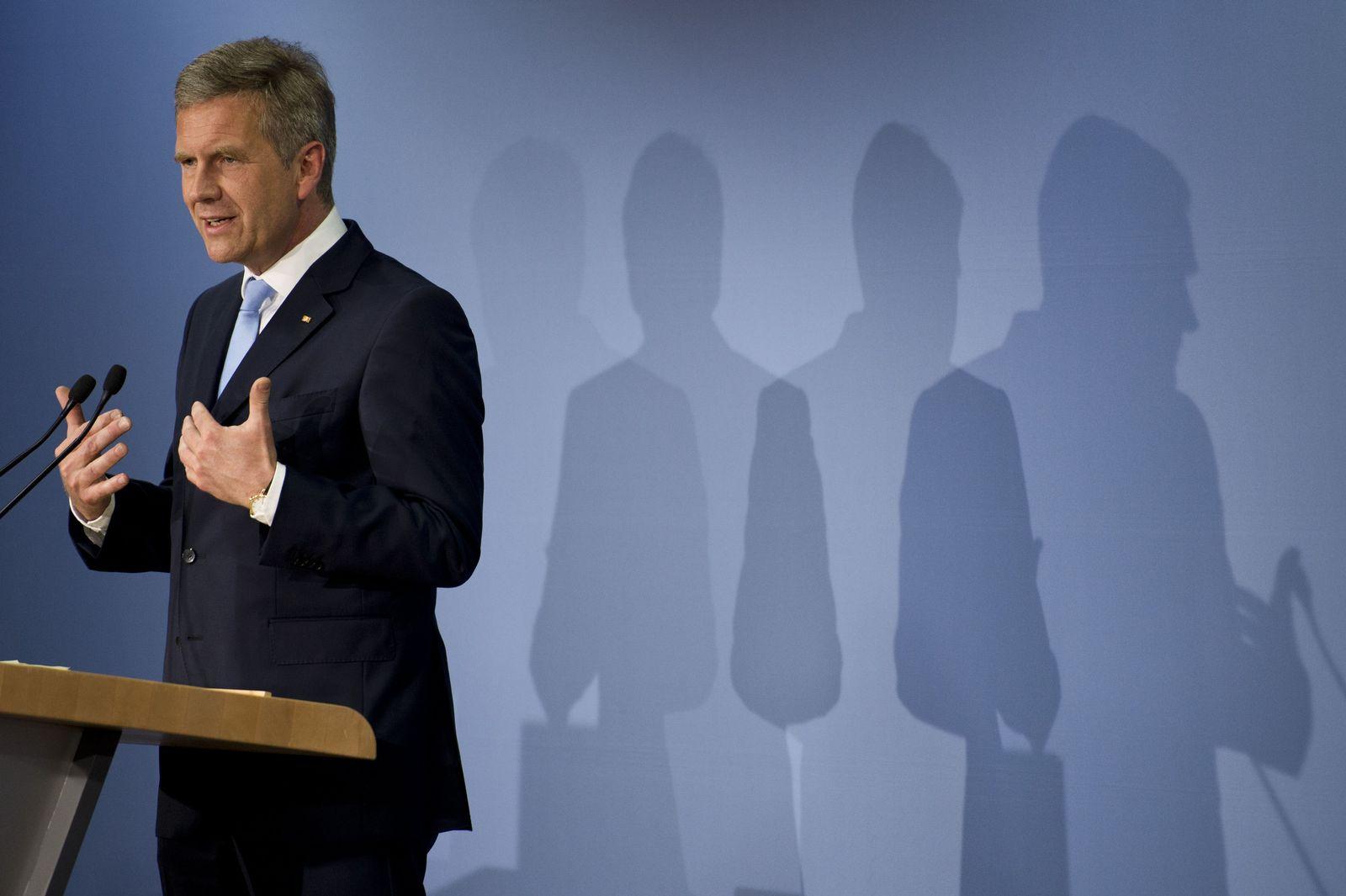GERMANY-POLITICS-LITERATURE-WULFF
