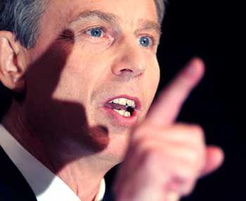 Resignation bei Labour: Blair kommt ohne Eilantrag davon
