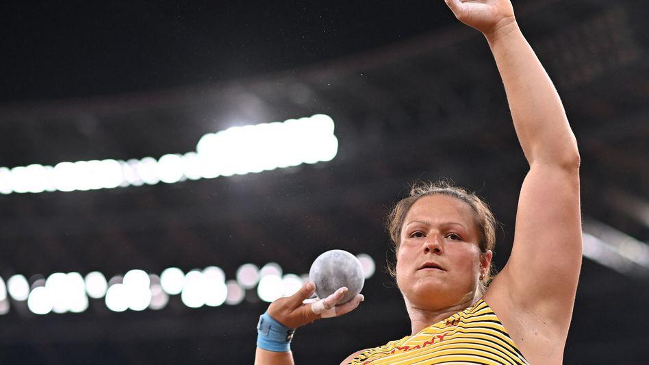 Christina Schwanitz muss im Finale zuschauen