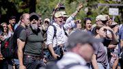 »Querdenker«-Demonstranten attackieren Polizisten