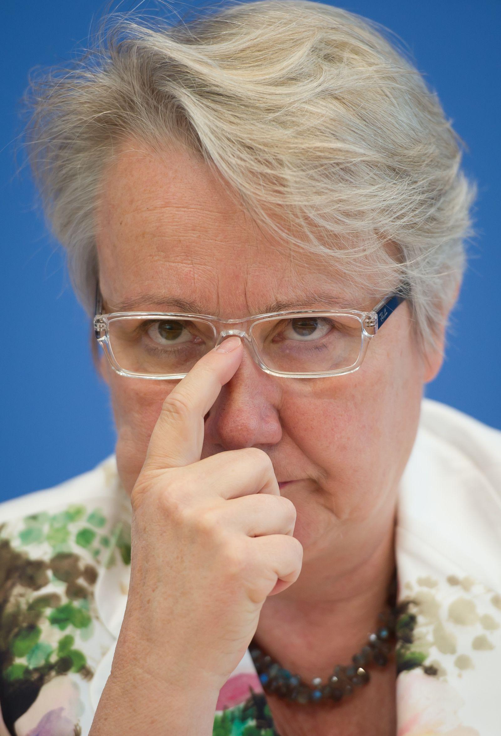 NICHT VERWENDEN Annette Schavan Mai 2012