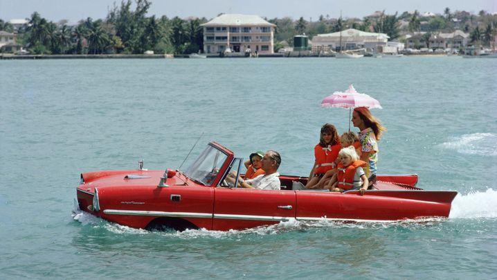 Schwimmwagen: Ab ins Wasser