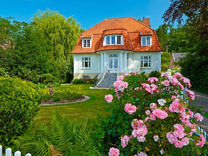 Villa in Schleswig-Holstein: Wer Vermögen hat, hat auch Immobilien