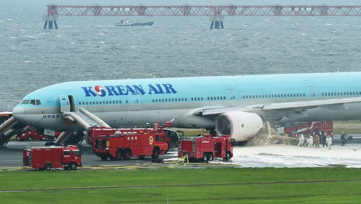 Flughafen Tokio-Haneda: Brand auf der Startbahn