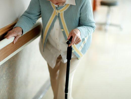 Alten- und Pflegeheime in der Krise: Noch stärker abschirmen?