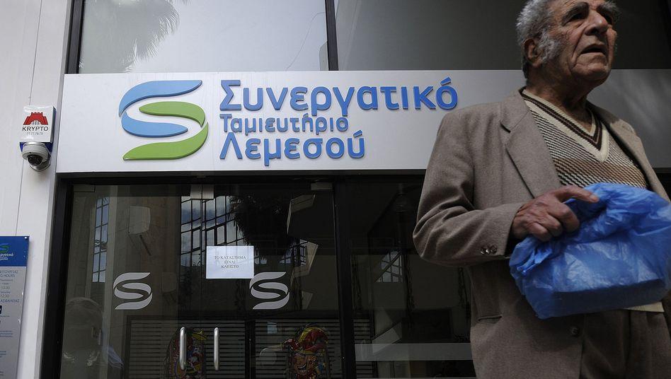 Bankkunden auf Zypern: Teilenteignung der Sparer