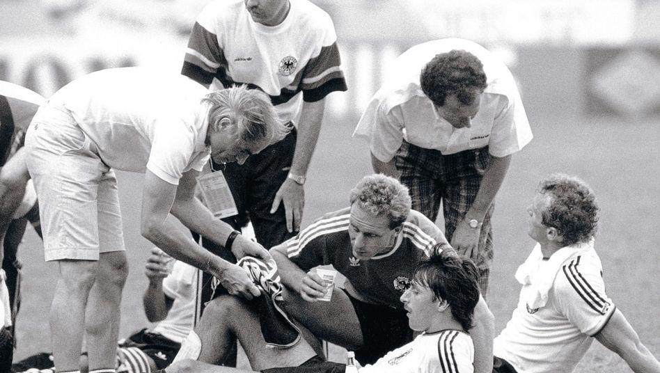 Mannschaftsarzt Liesen bei der Fußball-WM 1986: »Der macht das, und ihr habt alle zu gehorchen«