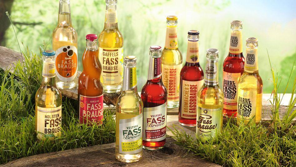 Genau hinschauen: Manche dieser Fassbrausen enthalten alkoholfreies Bier