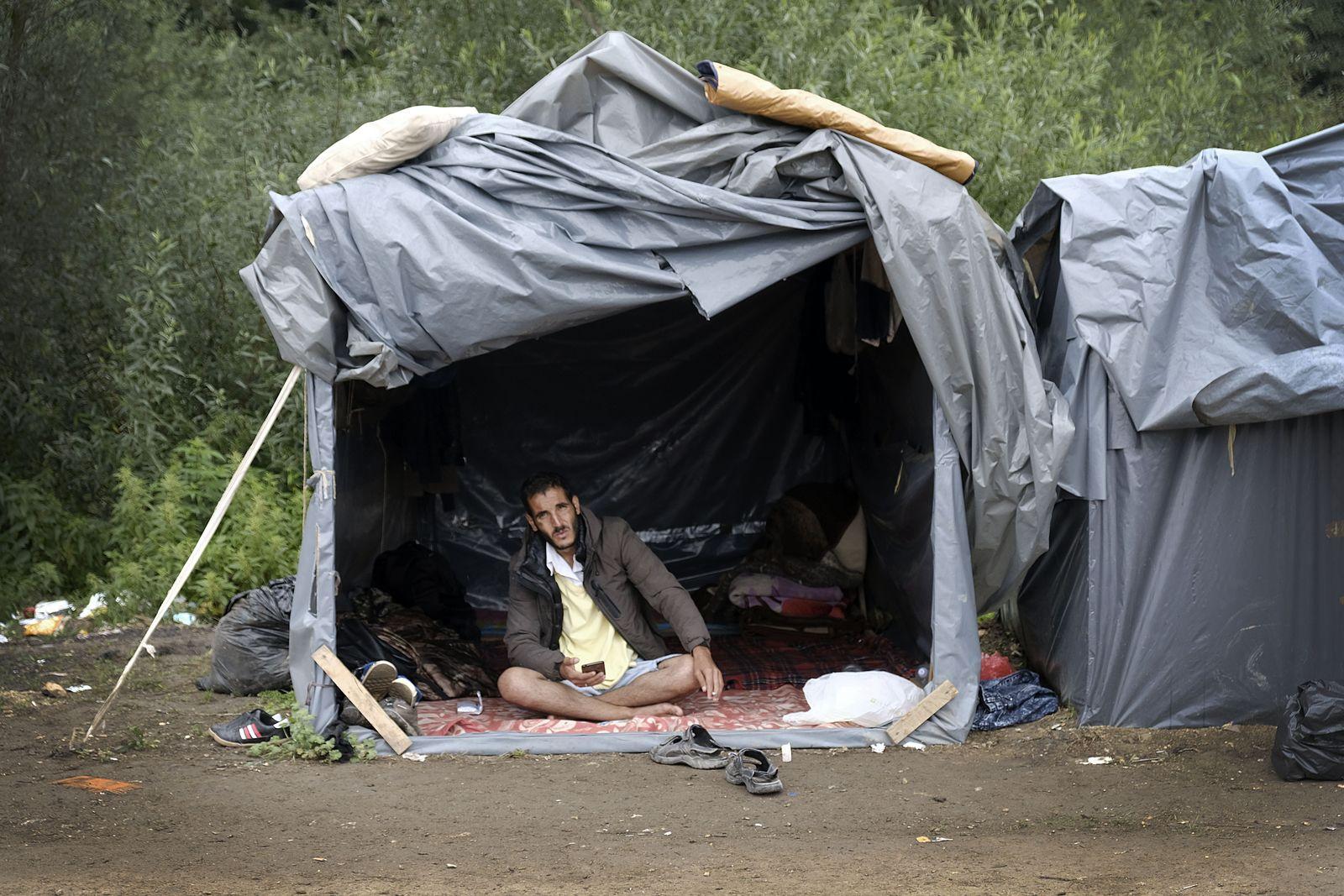 Migranten an der Grenze zu Bosnien und Kroatien