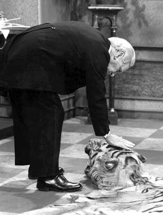 Das Tigerfell hatten die beiden Schauspieler, die auch privat ein Paar waren, selbst mitgebracht