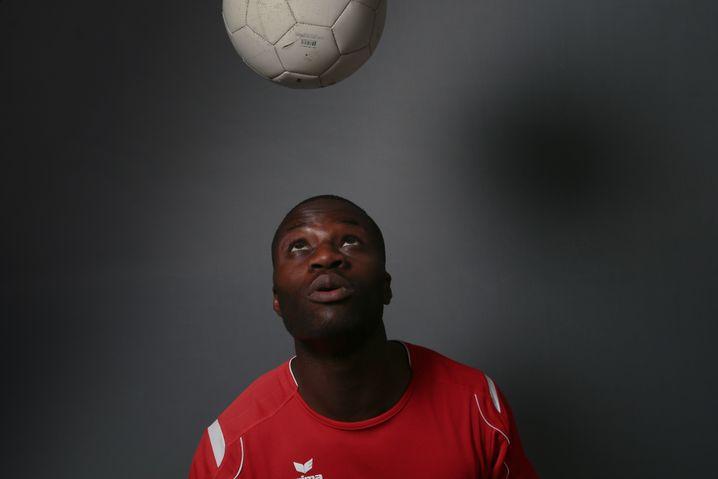 Lincoln Assinouko, 23, soccer player (most recently for BV Cloppenburg, Regionalliga Nord), Mettingen, North Rhine-Westphalia