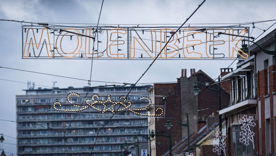 Is the Brussels neighborhood Molenbeek the center of terrorism in Europe?