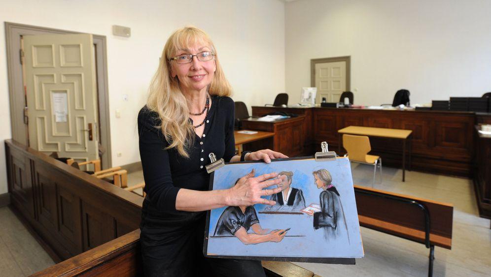 Gerichtszeichnerin: Mit Stiften und Block zum Prozess
