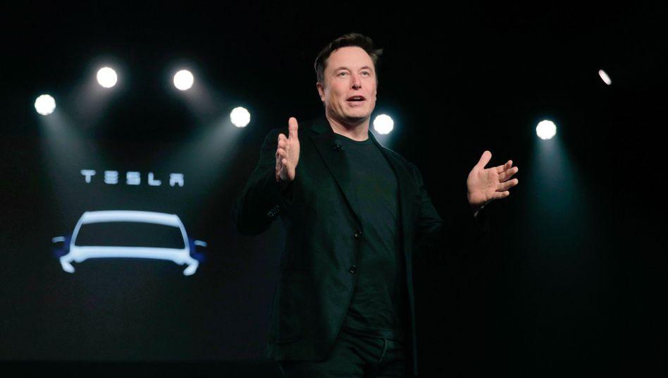Tesla-Chef Elon Musk will eine Autofabrik in der Nähe von Berlin bauen