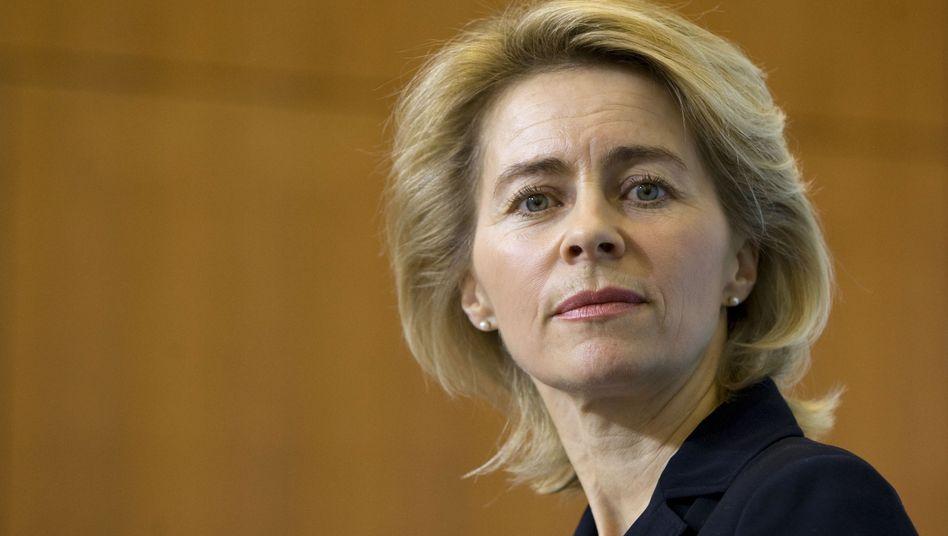 """Ministerin von der Leyen: """"Das Problem lösen wir nicht, indem wir sie beschimpfen"""""""