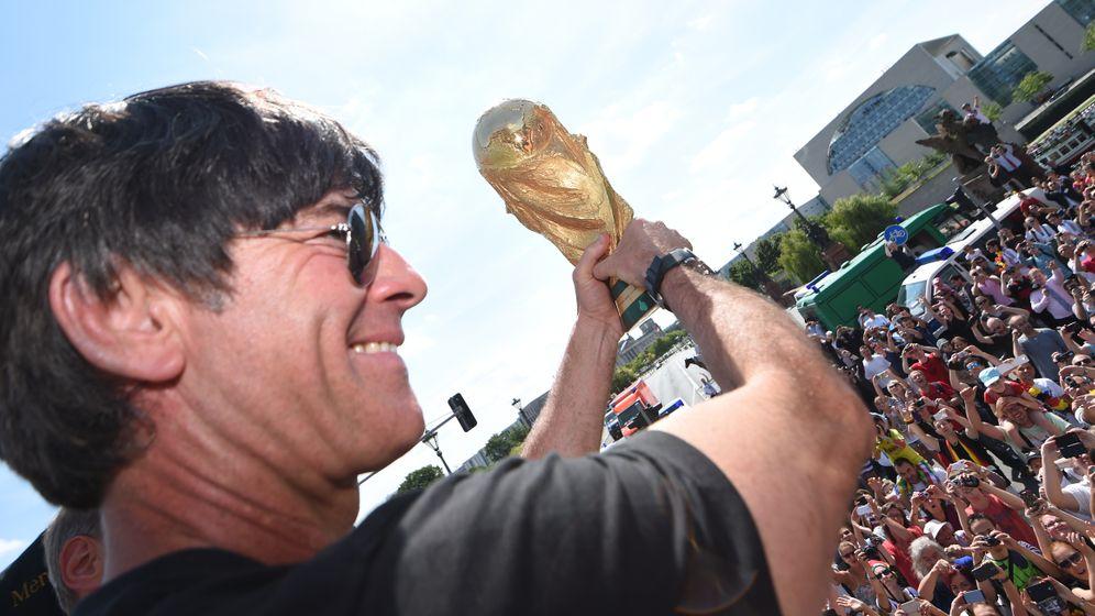 Weltmeister-Trainer Löw: Ehrung in der Heimat