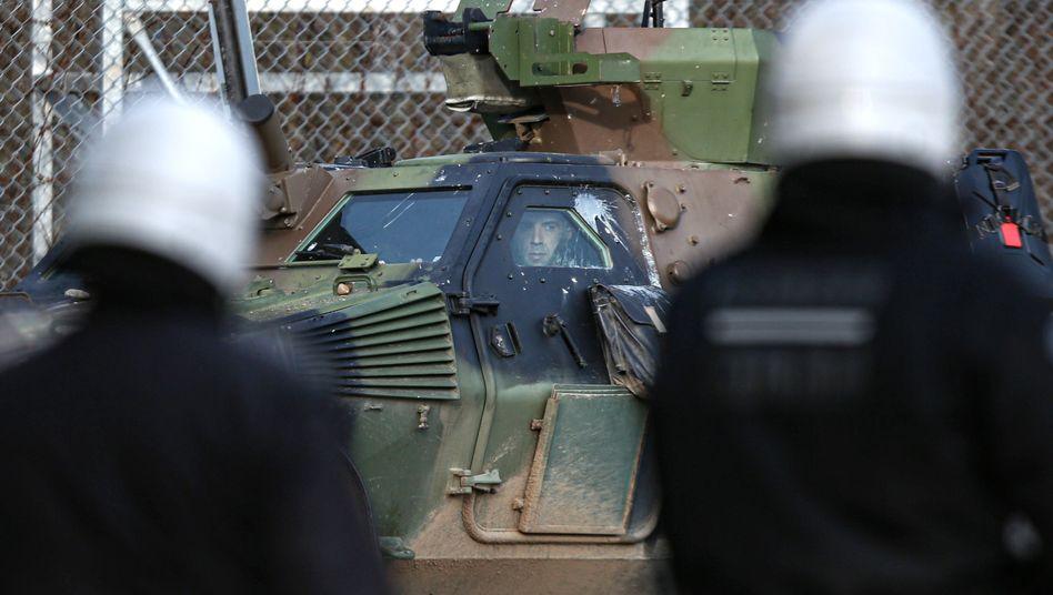 Griechische Soldaten an der Grenze zur Türkei: Verschärfte Sicherheitsvorkehrungen