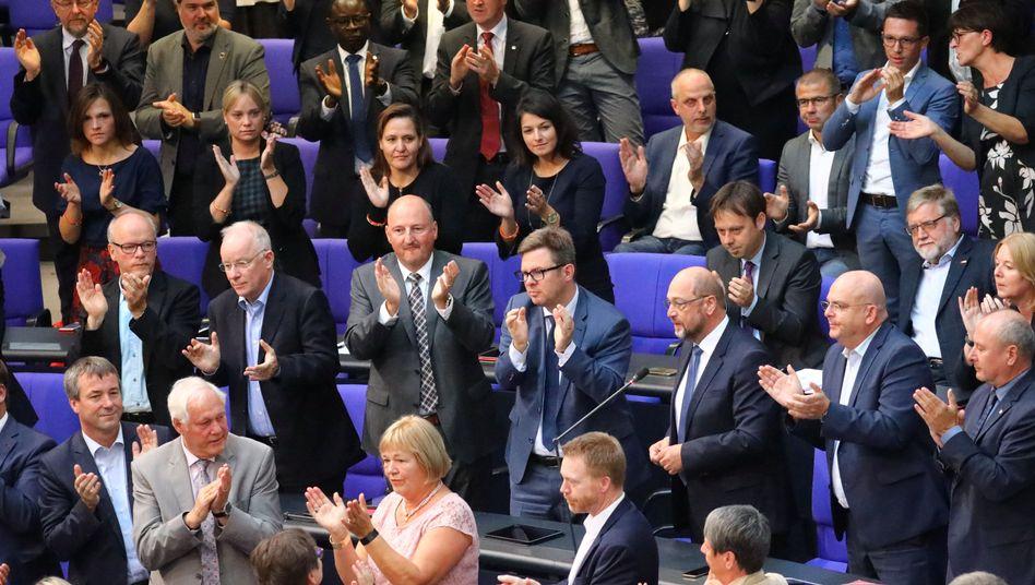 Martin Schulz mit Abgeordneten