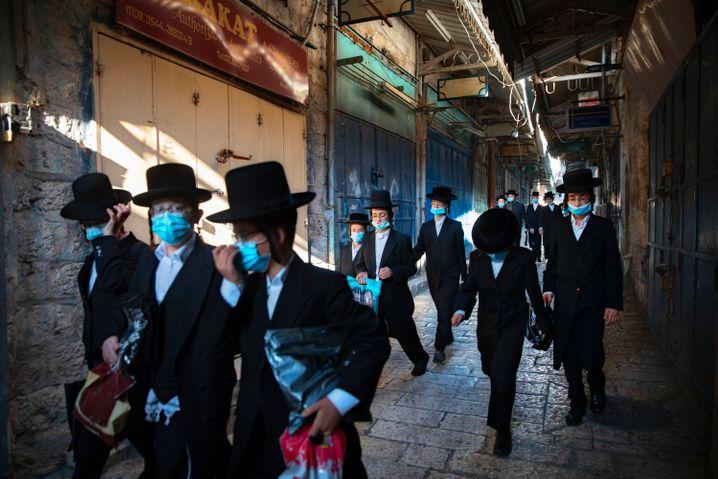 Israel führt eine Reihe von Schutzmaßnahmen wieder ein